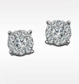 detaljrike rosett ørepynt med diamanter i hvittdull